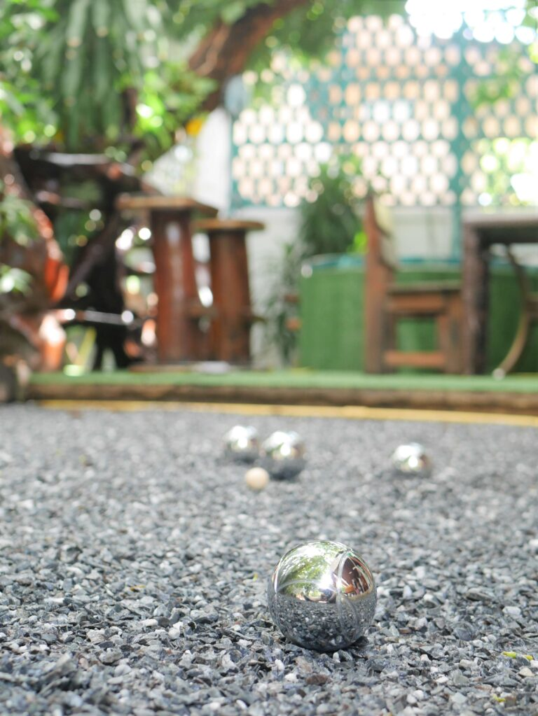 Play petanque Bangkok